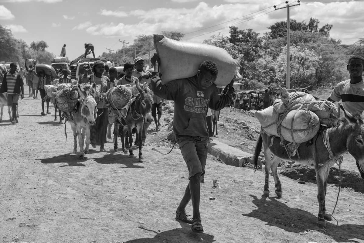 0055-2308-10.08.15-etiopia-mercato-desalegw