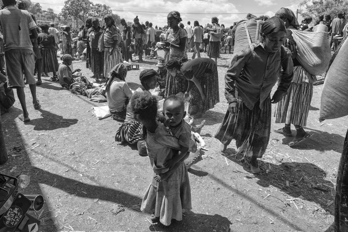 0096-2456-10.08.15-etiopia-konso-mercato-konso