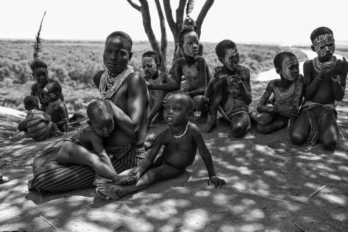 0176-2706-11.08.15-etiopia-valle-dellomo-ansa-dellomo-villaggio-karo