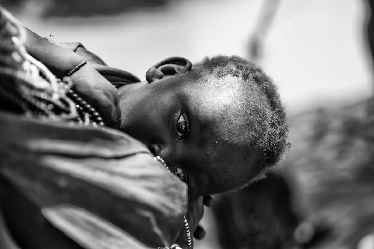 0184-3874-11.08.15-etiopia-valle-dellomo-ansa-dellomo-villaggio-karo