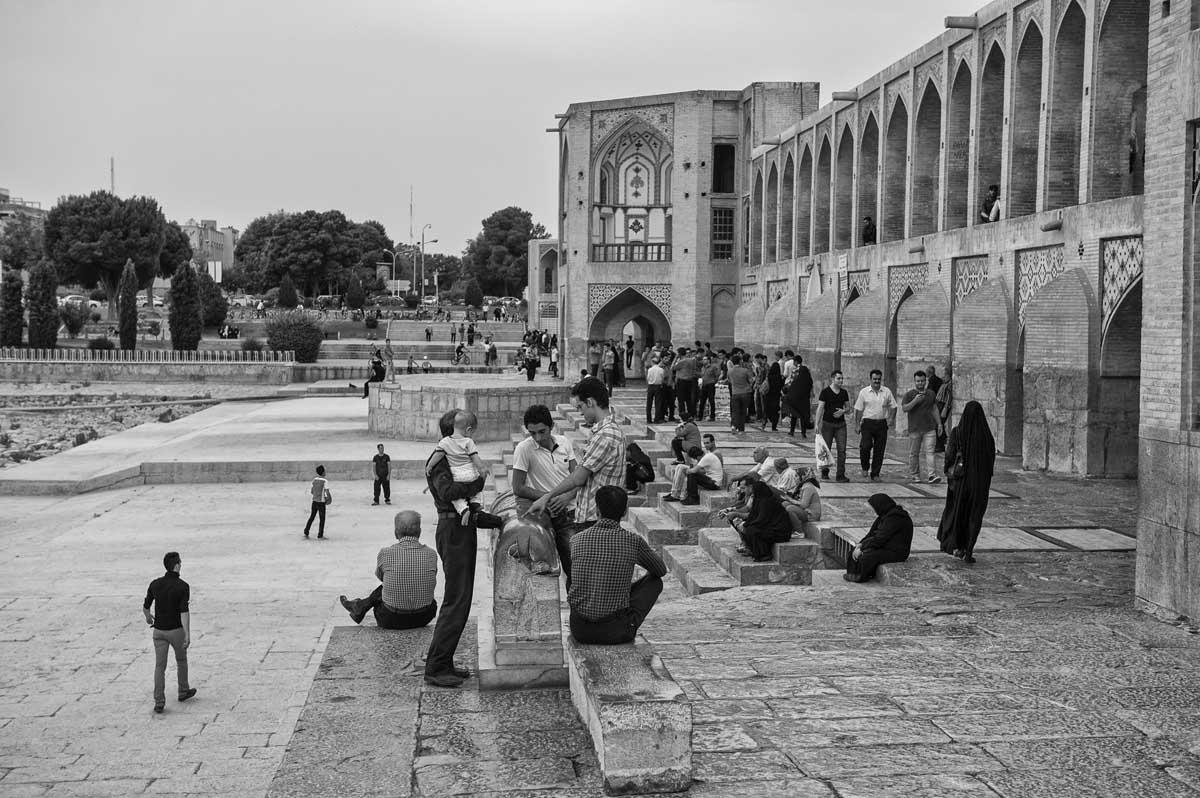 566-1500. 15.08.14 persia esfahan fiume zayandeh Pol-e khaju