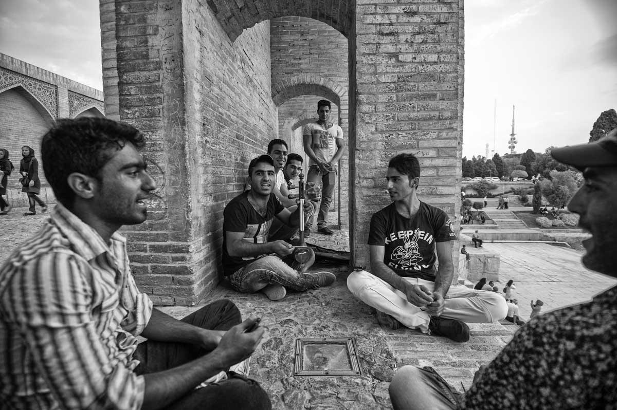569-1528. 15.08.14 persia esfahan fiume zayandeh Pol-e khaju
