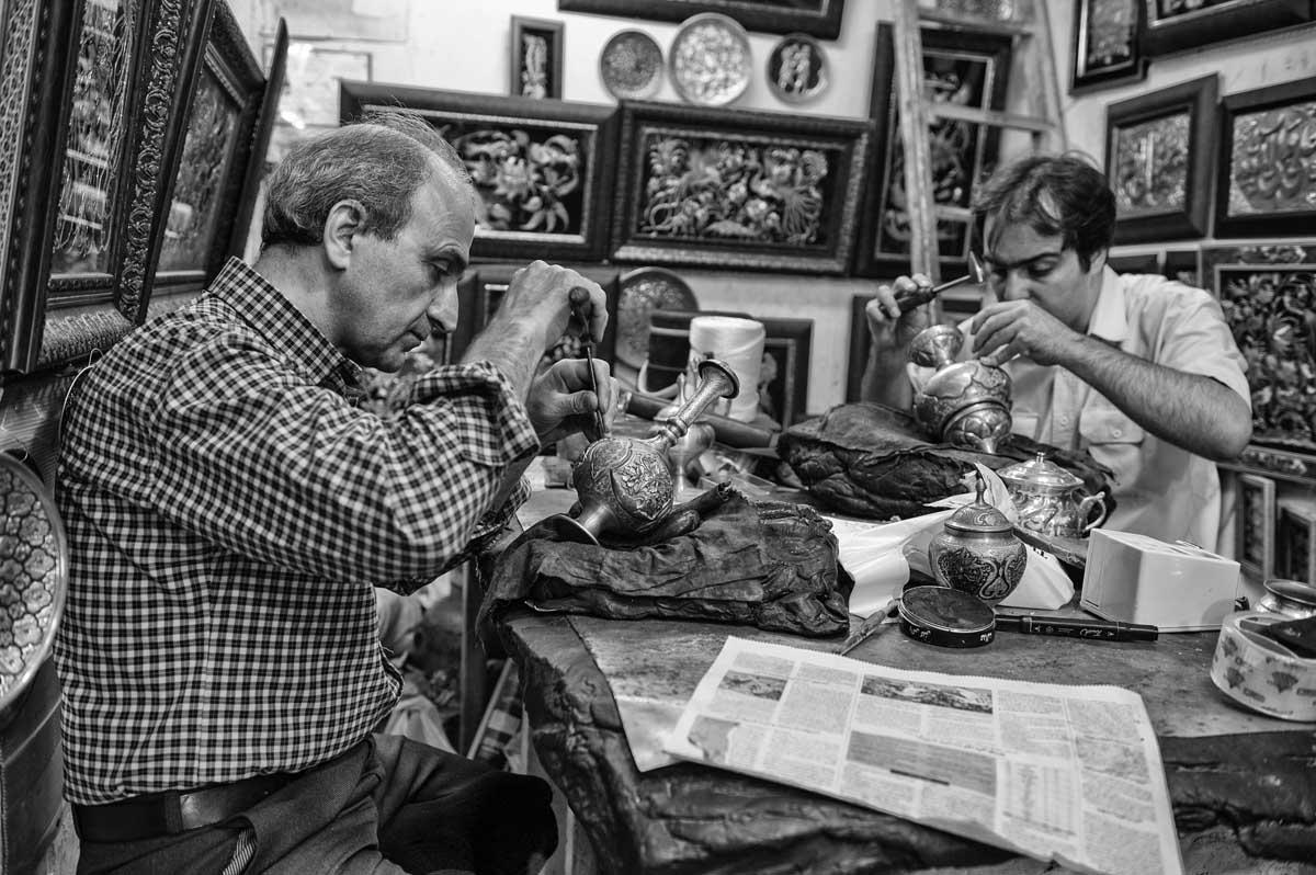 616-1756. 16.08.14 persia esfahan bazar-e bozorg bottega artigiani