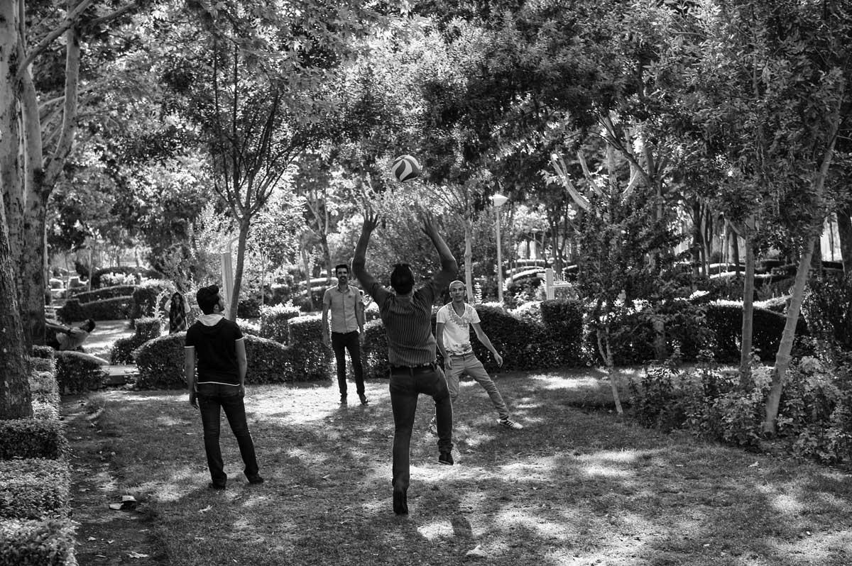 639-1897. 16.08.14 persia esfahan parco vic. kakh-e ali qapu