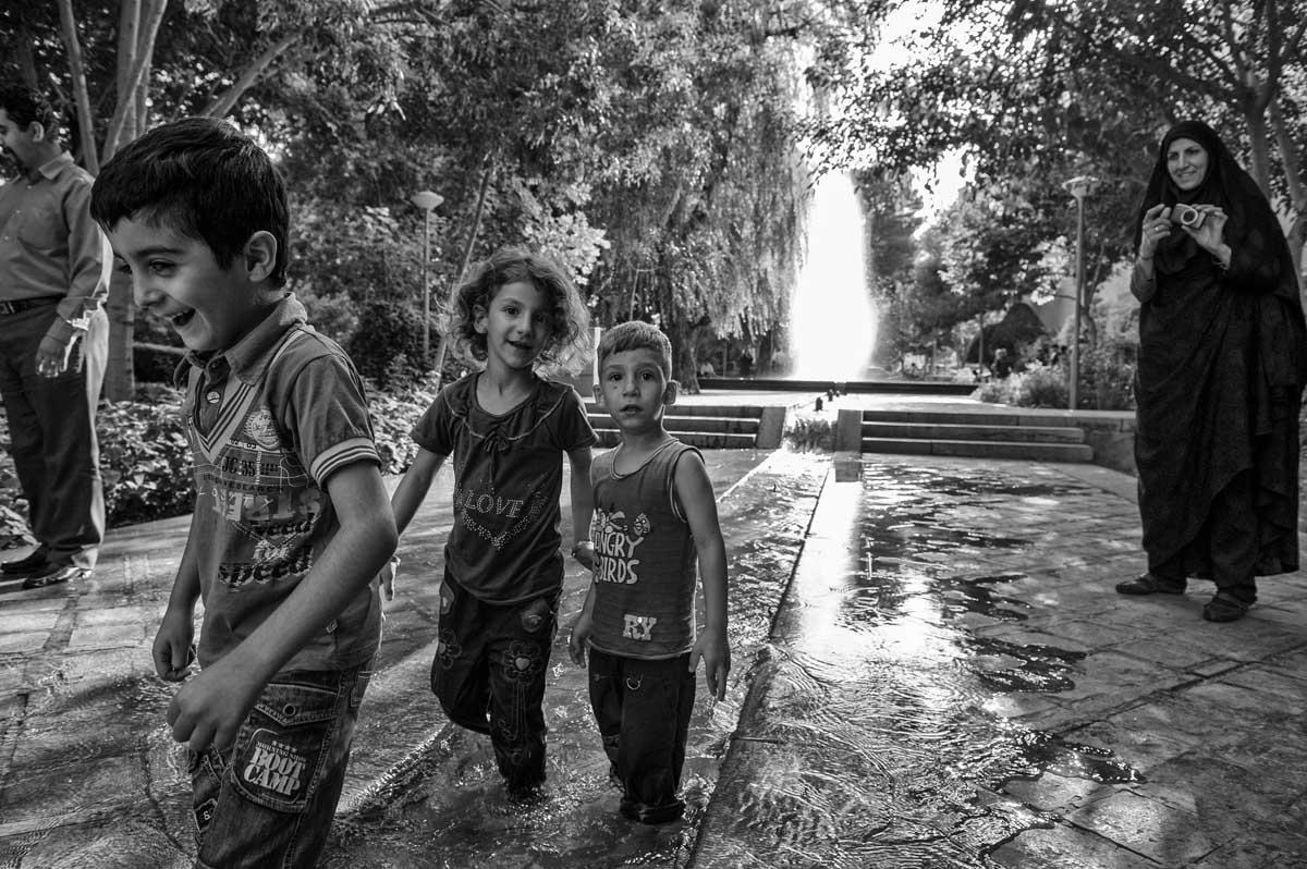 647-1946. 16.08.14 persia esfahan parco vic. kakh-e ali qapu