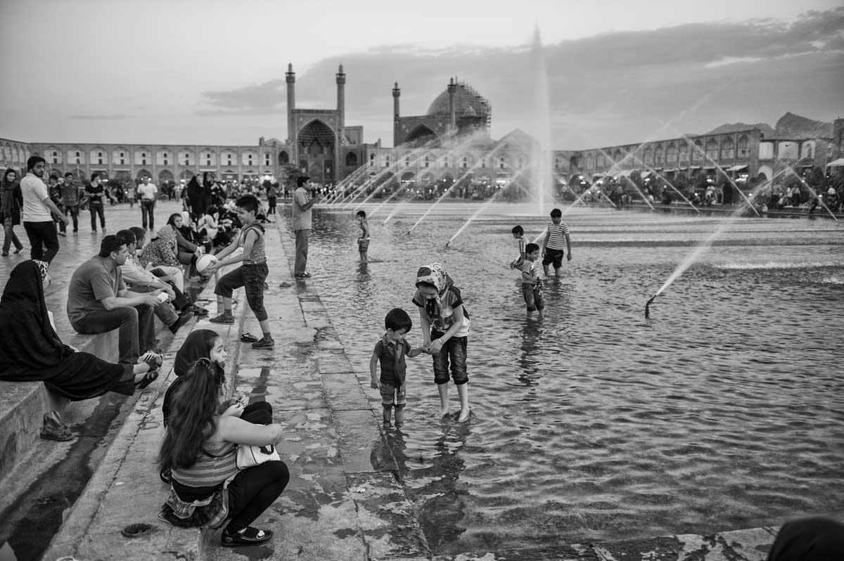 665-2056. 16.08.14 persia esfahan naqsh-e jahan square