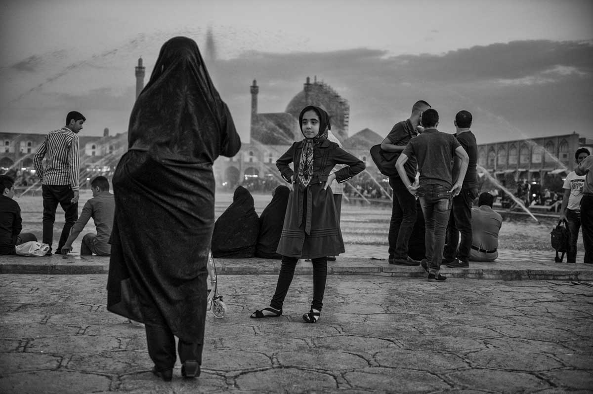 667-2064. 16.08.14 persia esfahan naqsh-e jahan square