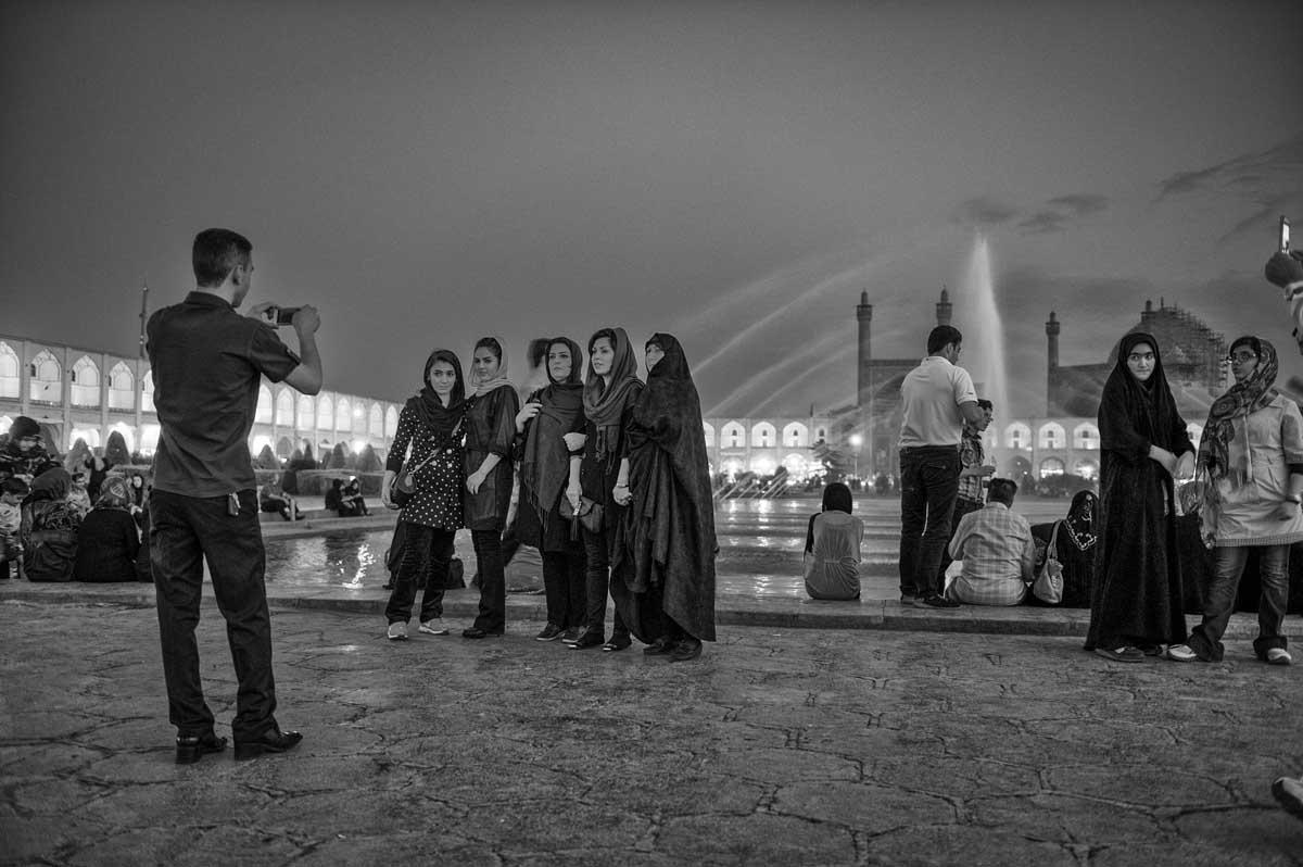 668-2069. 16.08.14 persia esfahan naqsh-e jahan square