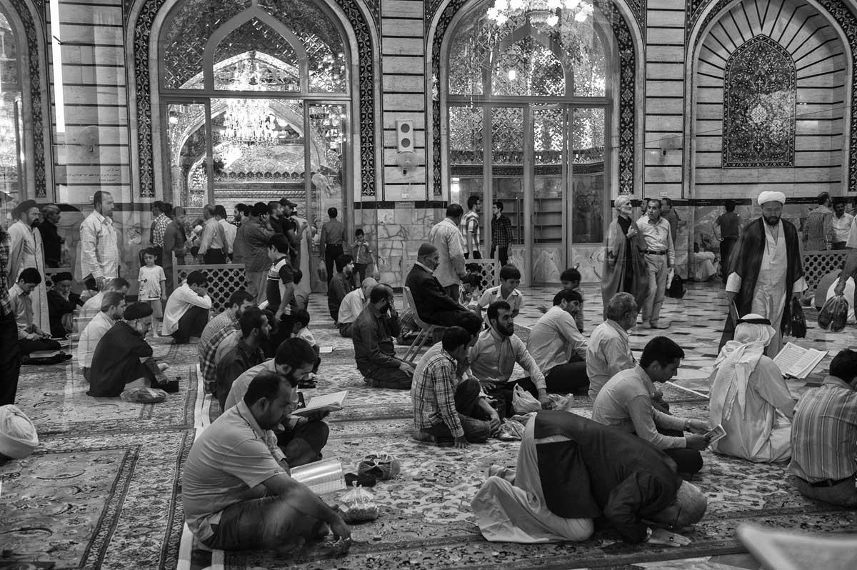 732-2368. 17.08.14 persia qom hazrat-e masumeh santuario con tomba di fatemeh