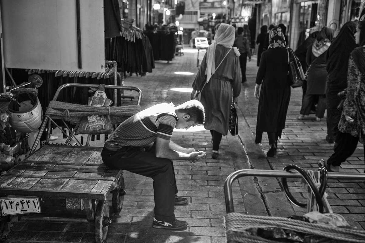 802-2483. 18.08.14 persia teheran bazaar