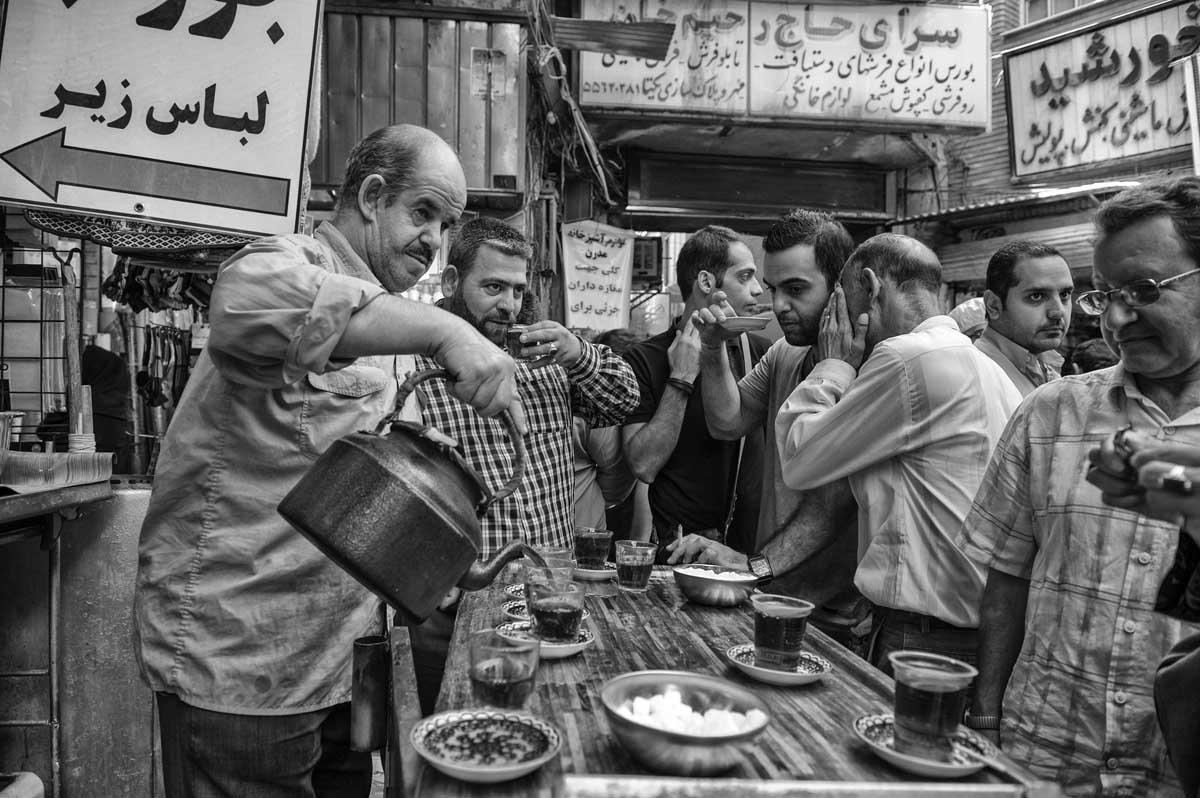 835-2590. 18.08.14 persia teheran bazaar